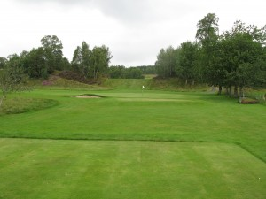 The 4th Tee, with the gap to the fairway directly behind the 3rd Green...Watch Out!
