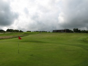 18th green and clubhouse at Glenrothes
