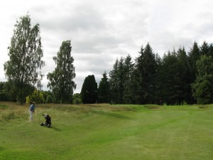 Moly's approach to the short par 4 2nd at Comrie