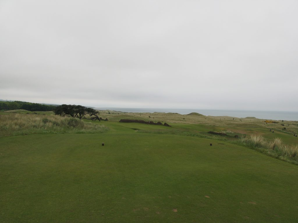 The downhill par 3 11th, with a view over the links land