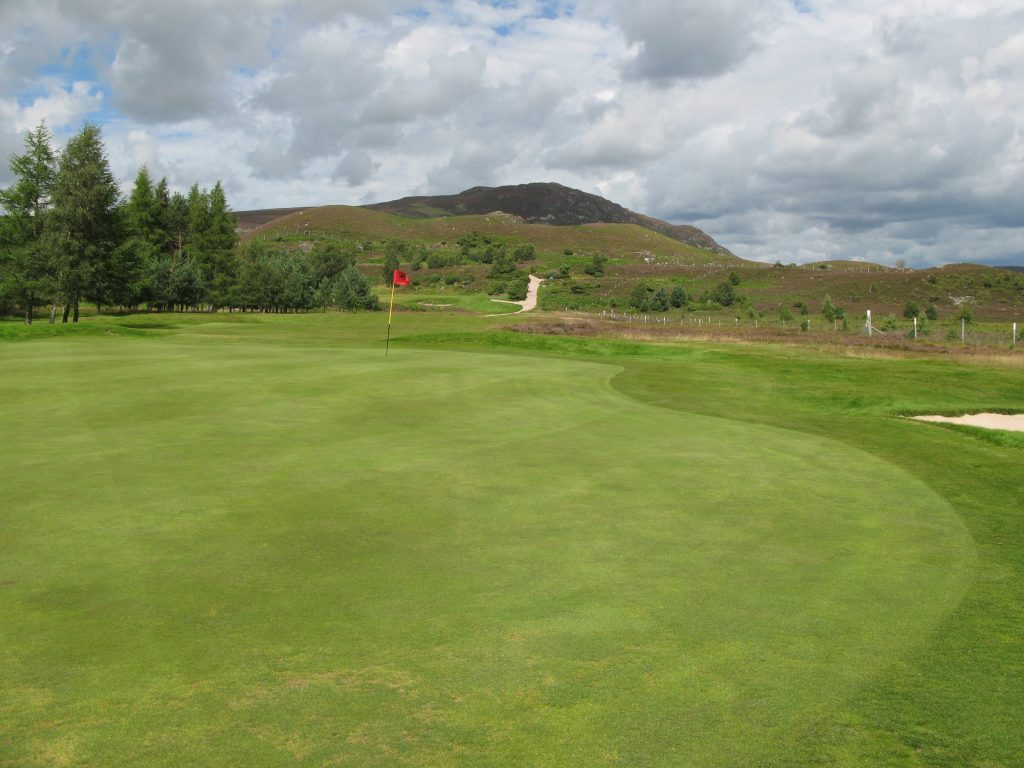 The 11th green, with classic Highland surrounds
