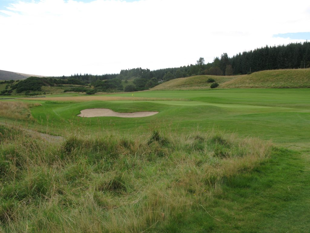Approach to the 1st (Par 5) or 10th (Par 4) - a difficult green to reach in regulation.